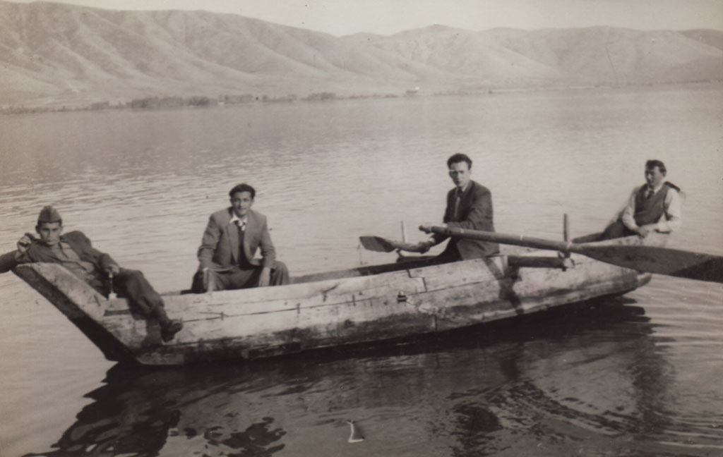 Beni_In_KastorianBoat_early50s