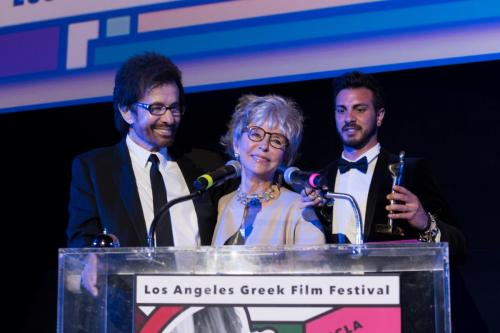 Rita Moreno presenting the Orpheus to George Chakiris